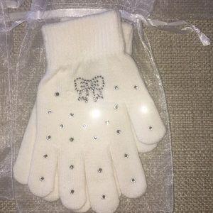 Other - White girls gloves